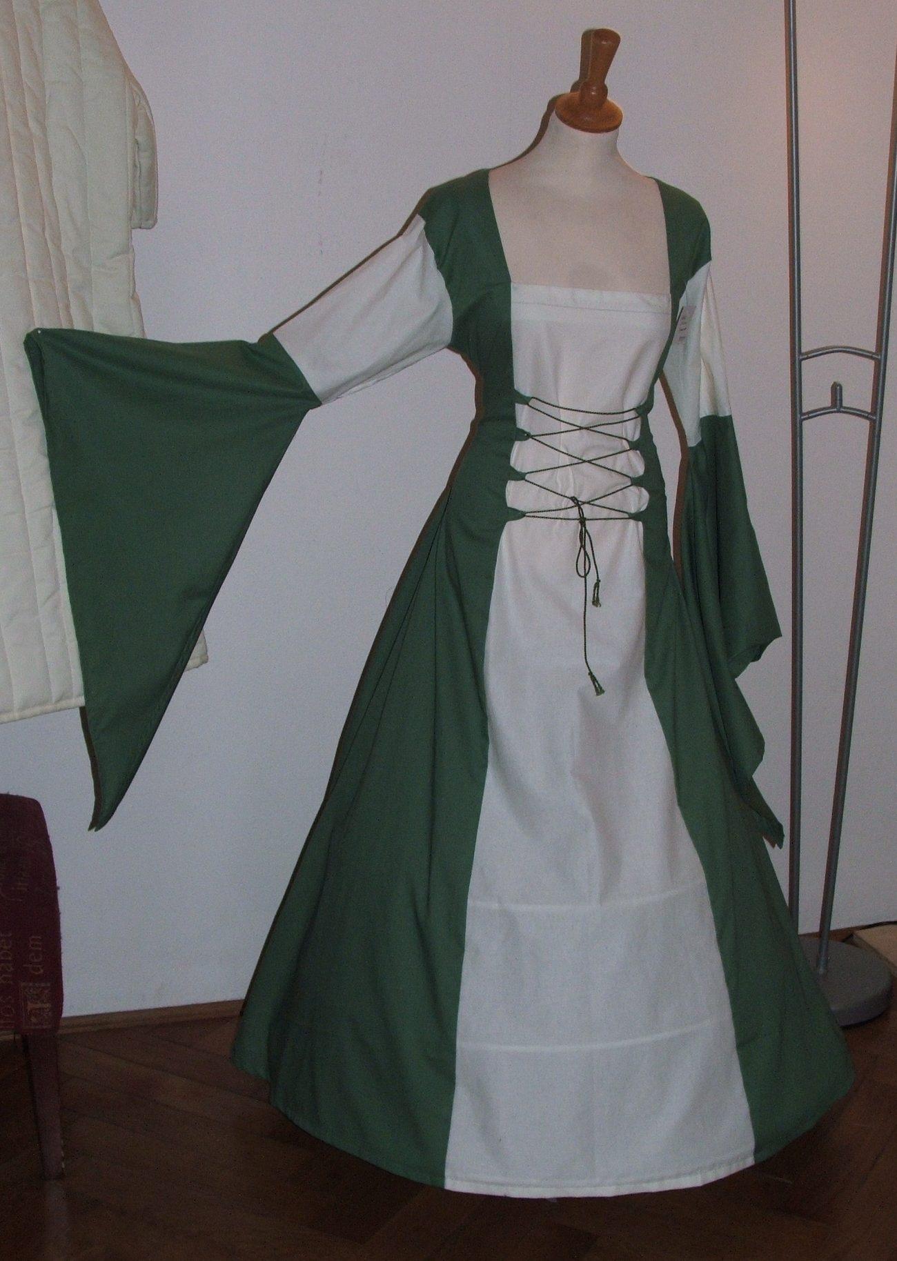 Bella Donna in grün-weiss