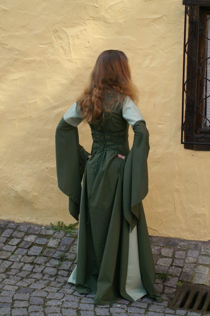 Bella Donna in grün-minze
