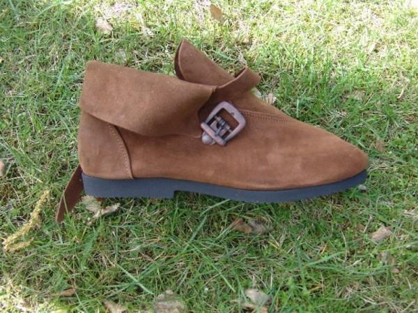 Mittelalterliche Schuhe mit Metallspange braun - Mittelalterliches Schuhwerk