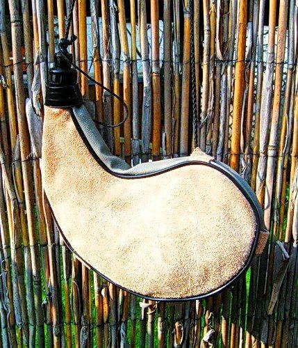Bota - Leder Trinkschlauch 1 Liter - geschwungene Form - Ausstattung für Larp und Mittelalter